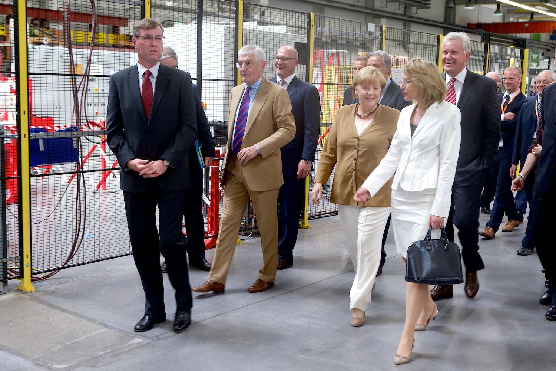 GE03-Merkel-Immelt-Eroeffnung