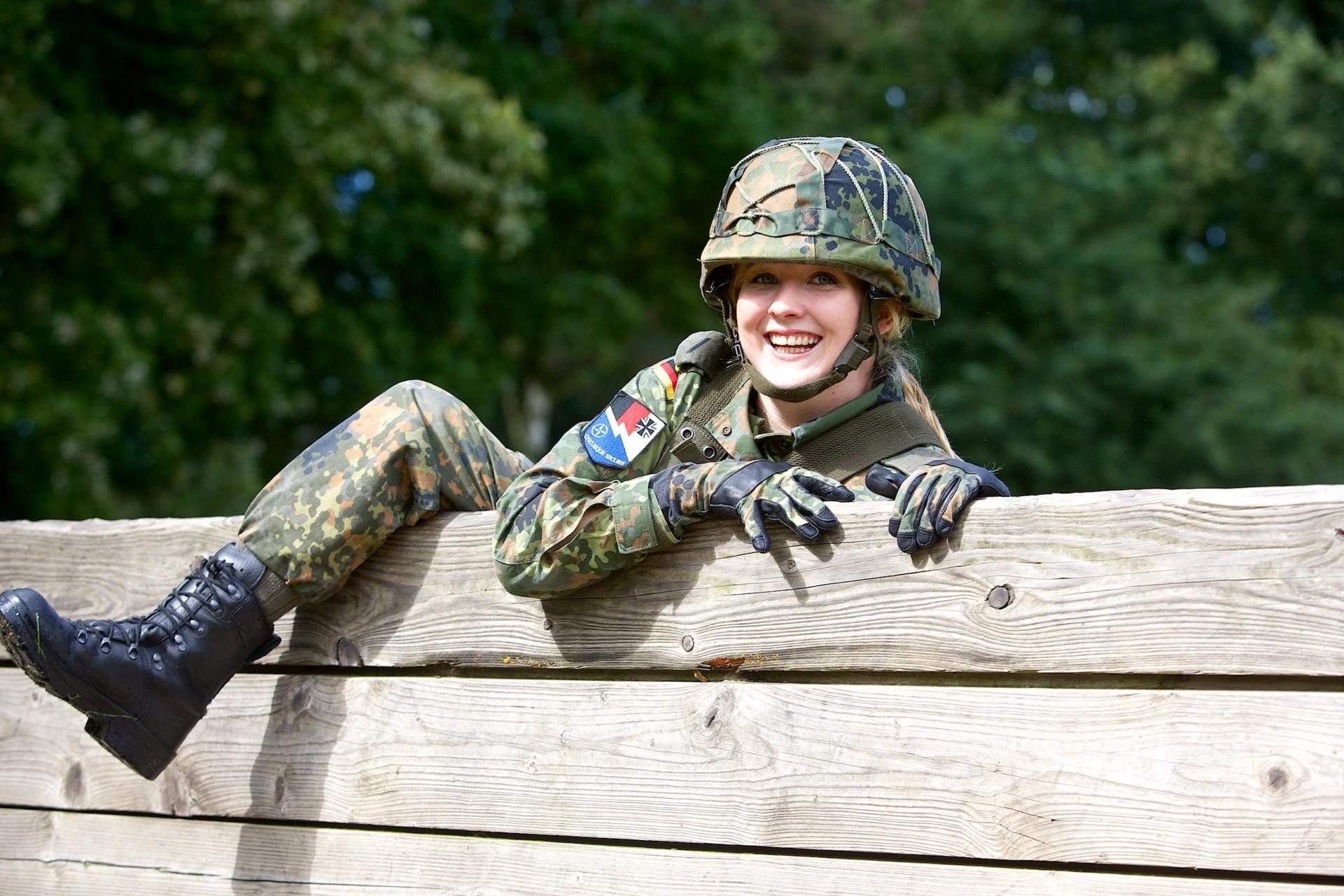 Bundeswehr Wesel, IT-Soldatin Dominique Domin
