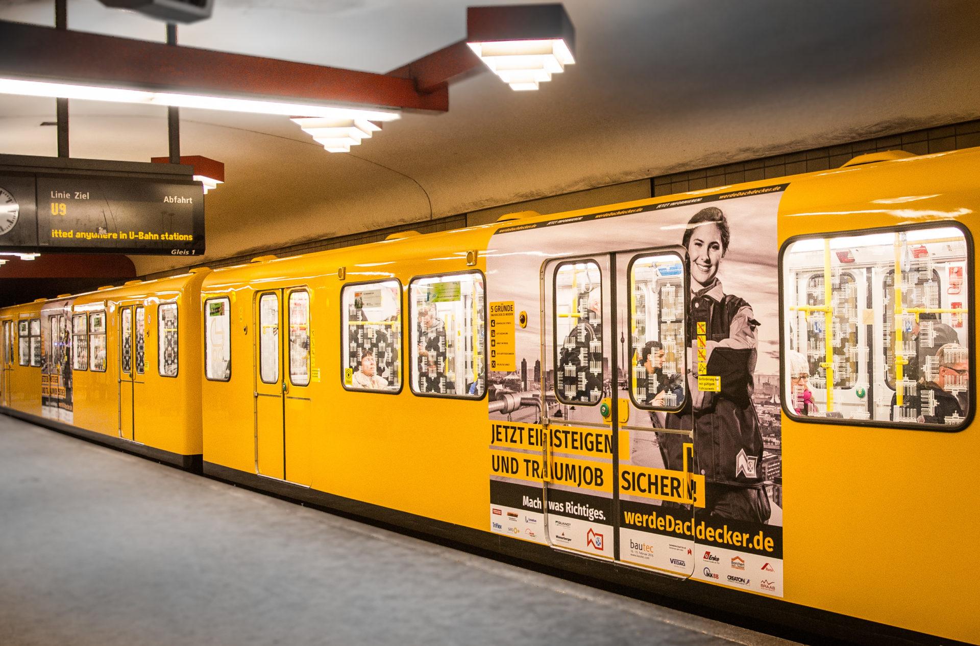 Dokumentation der Kampagne:  U-Bahn-Türbouncer